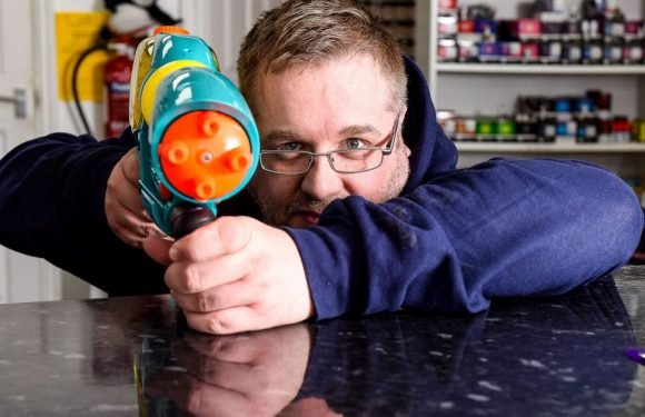 Harassed shopkeeper chases off 'feral kids' by blasting them with water gun