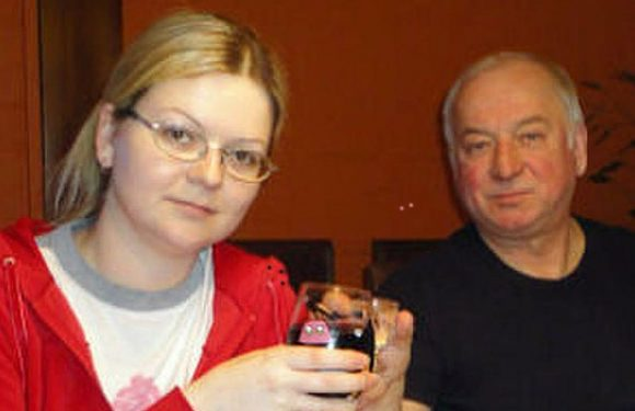 Russian on 'same UK flight as ex-spy's daughter investigated over poisoning'