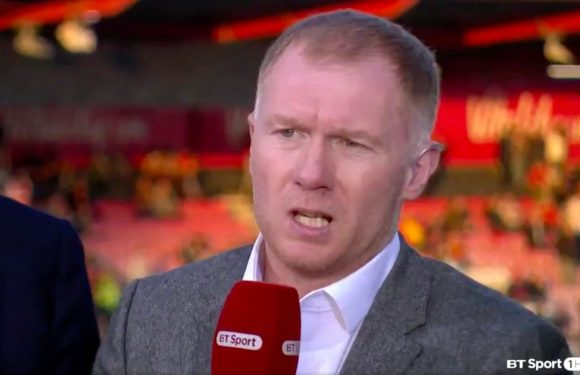 Fans pick up on what Scholes mutters off-camera – and he shouldn't be saying it
