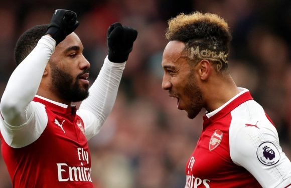 Wenger explains how Aubameyang and Lacazette can play together