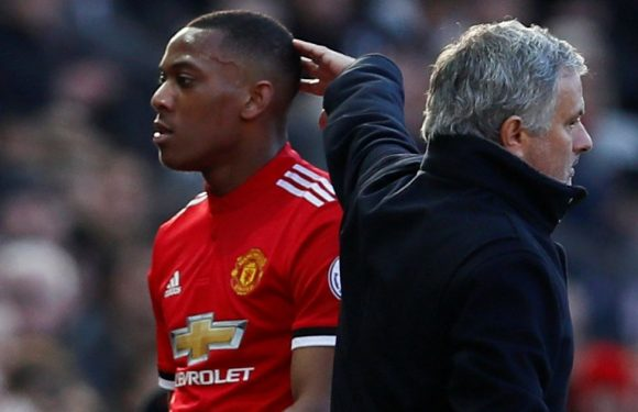 Man United star rejects contract extension offer and wants to leave club