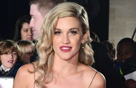 Heartbroken Ashley Roberts confirms she's lost her dad to suicide