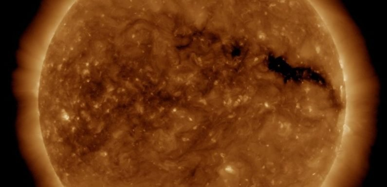 Huge hole on surface of sun could cause chaos on Earth