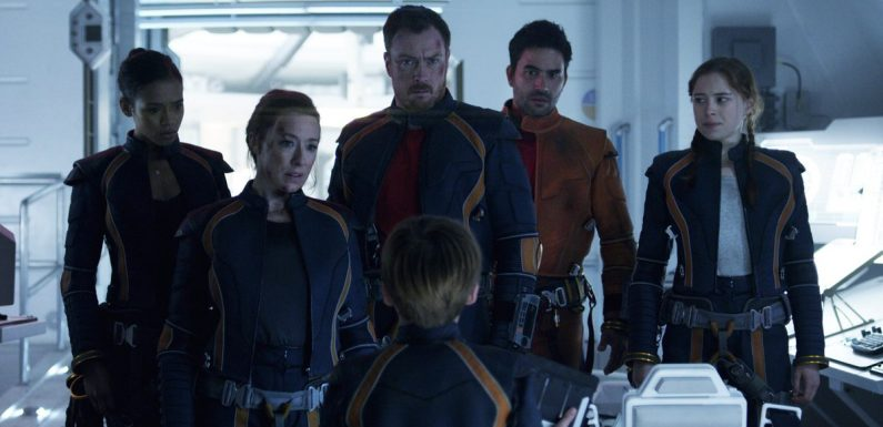Netflix's Lost in Space Reboot Gives the Robinson Family a Modern Makeover