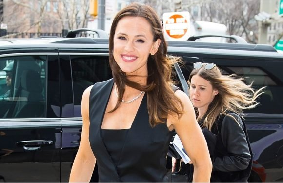 Jennifer Garner Just Wore the Heck Out of an LBD, and Now I'm a Little Short of Breath