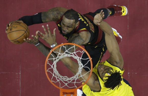 LeBron's 45 carry Cavs past Pacers, Ingles' Jazz stumble