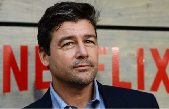 Kyle Chandler Will Replace George Clooney in Hulu's New Miniseries, Catch-22