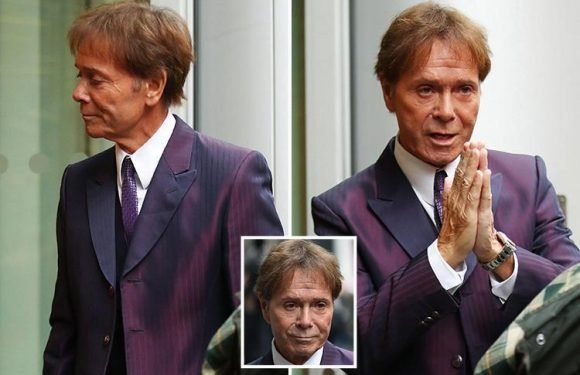 Cliff Richard arrives at court in battle with BBC over its 'invasive' coverage after sex assault claims