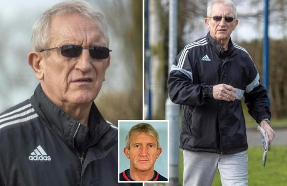 M25 killer Kenneth Noye pictured for the first time leaving cushy open prison near victim Stephen Cameron's dad