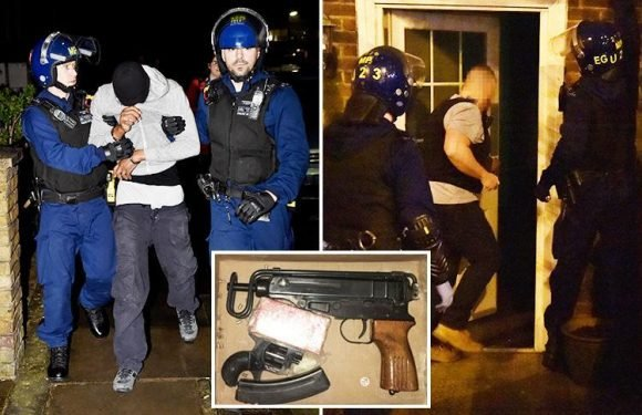 Notorious MDP gang leaders arrested and machine gun seized in London dawn raids