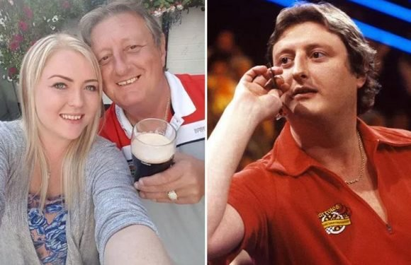 Hero taxi driver tells of fight to save Eric Bristow after darts legend collapsed