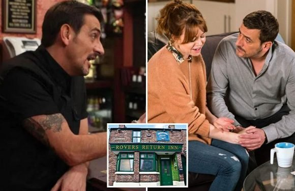 Coronation Street's Peter Barlow set to quit as landlord of the Rovers Return Inn