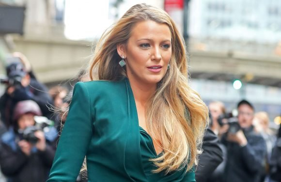 Blake Lively personally asked fans to delete pics of daughter