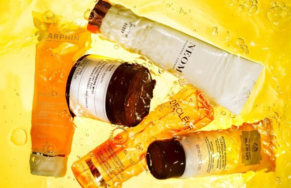 Add one of these oil-infused cleansers to your daily make-up routine for a fresh-faced look