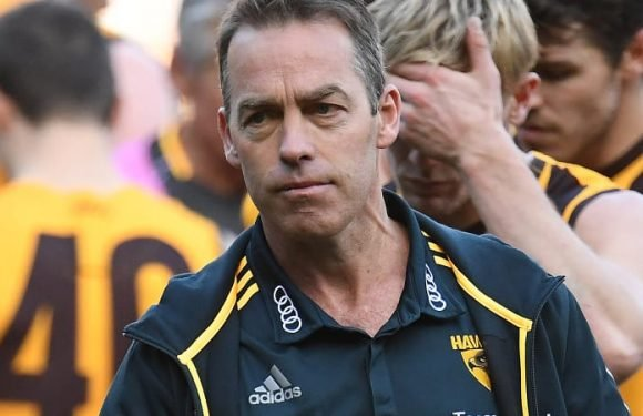 The AFL's great divide: Is your club a renovator or a rebuilder?