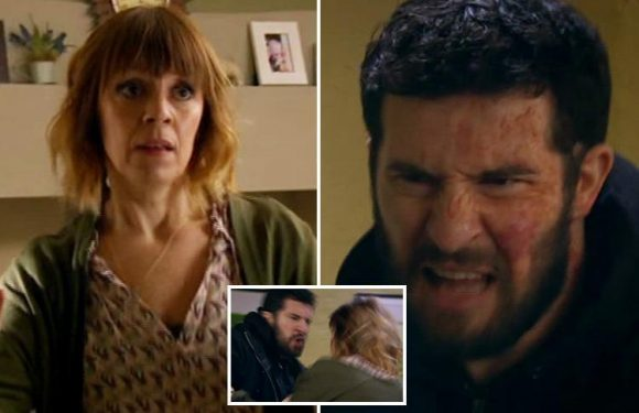 Emmerdale fans praise 'powerful' scenes as addict Ross Barton turns violent when Rhona Goskirk hides his painkillers