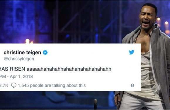 Chrissy Teigen's Tweets About Jesus Christ Superstar Are Almost Better Than the Show Itself
