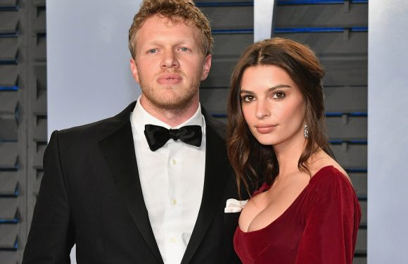 Emily Ratajkowski's husband proposed with a paper clip