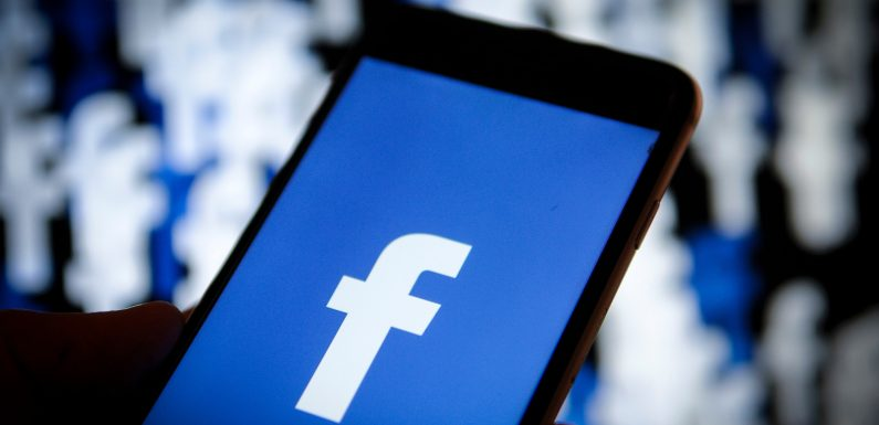 Egypt's top religious leader issues fatwa against buying Facebook 'likes'