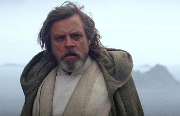 This small detail in Star Wars: The Last Jedi about Luke and Leia is breaking people's hearts