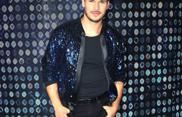 """Ex-Strictly Come Dancing star Gleb Savchenko calls show a """"turn-off"""" and claims the pros don't care enough"""