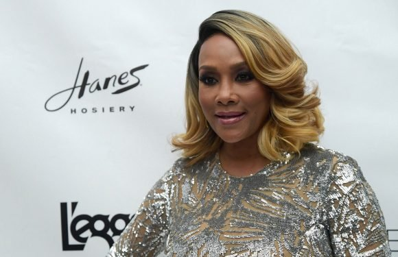 Vivica A. Fox dishes on ex-beau 50 Cent, Prince in new book