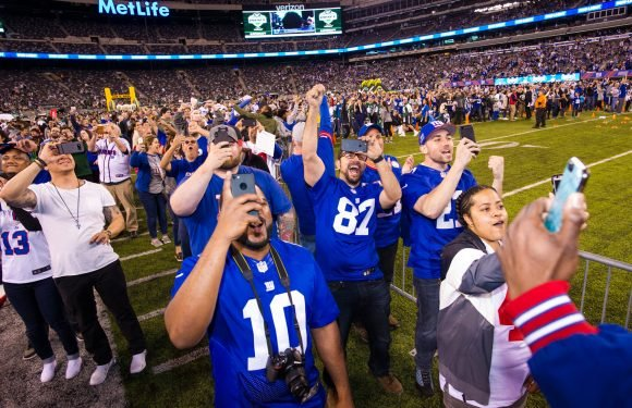 Fans rejoice as Giants finally give them a draft pick to cheer about