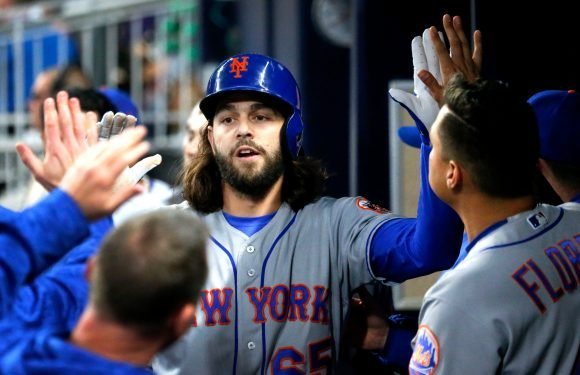 Cespedes' clutch hit, Gsellman heroics propel Mets to win in 12
