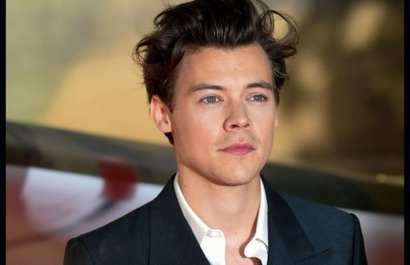 Harry Styles Tributes Manchester Bombing Victims