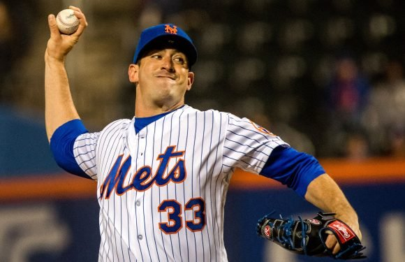 Matt Harvey allows no runs in 1st start as Mets close out rainy win
