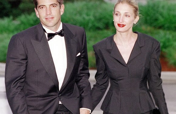 TLC announces film about JFK Jr. secret 1996 wedding