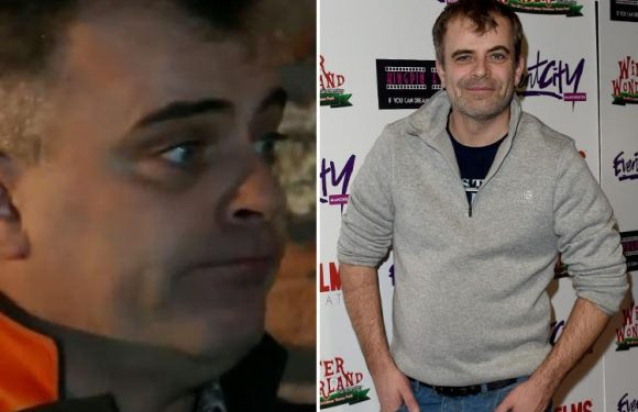 Coronation Street's Simon Gregson is training to be a ghost hunter
