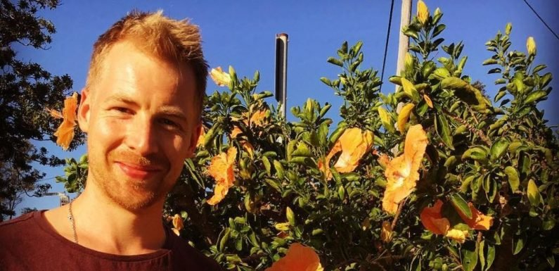 Home and Away casts Packed to the Rafters actor Angus McLaren as Robbo's old friend Lance