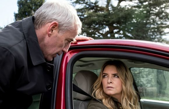Emmerdale star Emma Atkins reveals new terror for Charity as she confronts DI Bails
