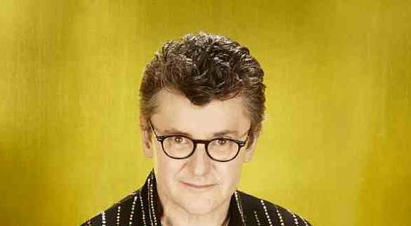 Comedian Joe Pasquale confirms he's in talks to get a Some Mothers Do 'Ave 'Em on TV