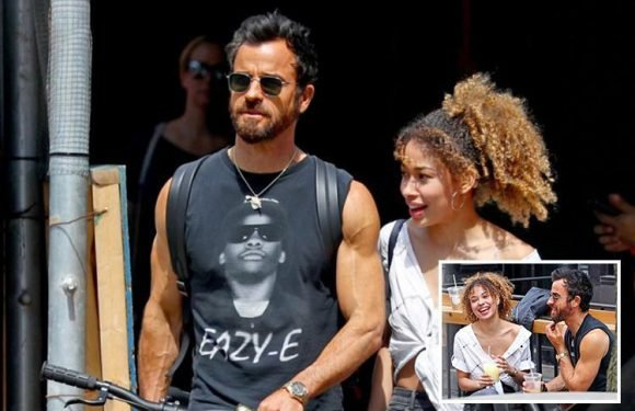 Jennifer Aniston's ex Justin Theroux enjoys day out with female pal in New York
