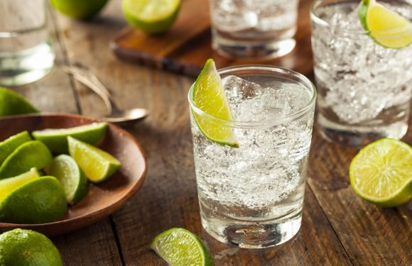 Struggling with hay fever? This is why you need to swap your pint for a gin and tonic