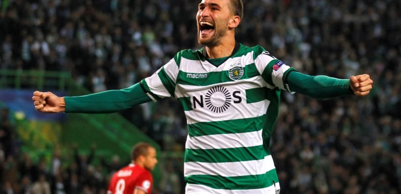 Bas Dost's incredible streak of 45 first-time finishes is over after Sporting striker takes a touch before finding the net