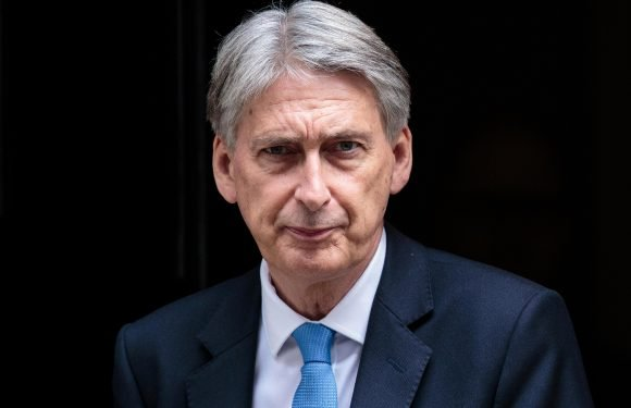 Economy will pick up when Brexit deal is finally completed, says Chancellor