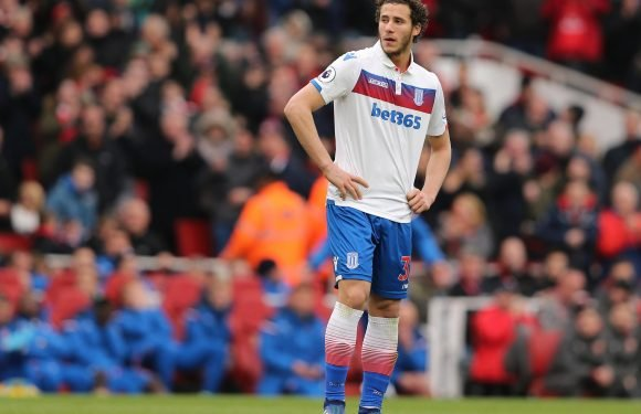 Ramadan Sobhi wants to shine for Egypt at World Cup so he can quit Stoke this summer