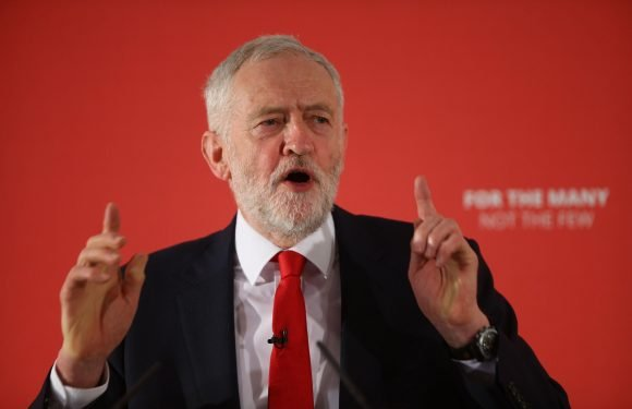 Leftie band Manic Street Preachers slate Corbyn saying he wants the working class to 'make love spoons out of hemp'