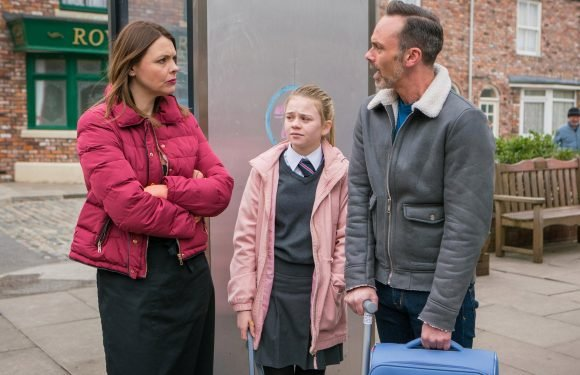 Coronation Street spoilers: Shona Ramsay saves Billy Mayhew from eviction as she moves in with him and Summer