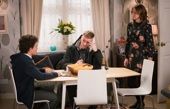 Coronation Street spoilers: Toyah Battersby ends stepson Simon Barlow's blackmail attempts with a plan for Eva Price