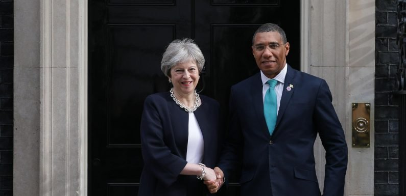Theresa May to apologise to Caribbean leaders after Windrush generation 'treated appallingly' and threatened with deportation