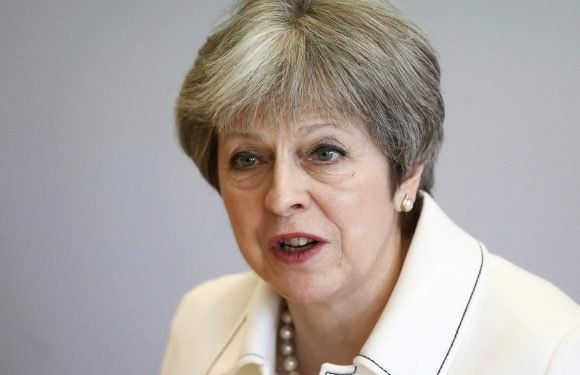 Theresa May urges world ban on plastic straws, cotton buds and coffee stirrers
