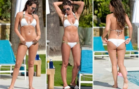 Danielle Lloyd shows off her amazing bikini body in Spain seven months after giving birth to fourth son
