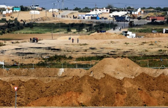 Israelis on Gaza border unmoved by Palestinian protests