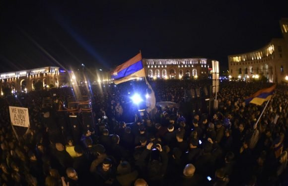 Armenian Prime Minister calls for dialogue with opposition protesters