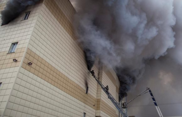 Under financial squeeze, fire-ravaged Russian mall cut costs