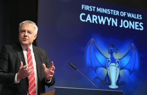 Head of Welsh government says he will stand down later this year